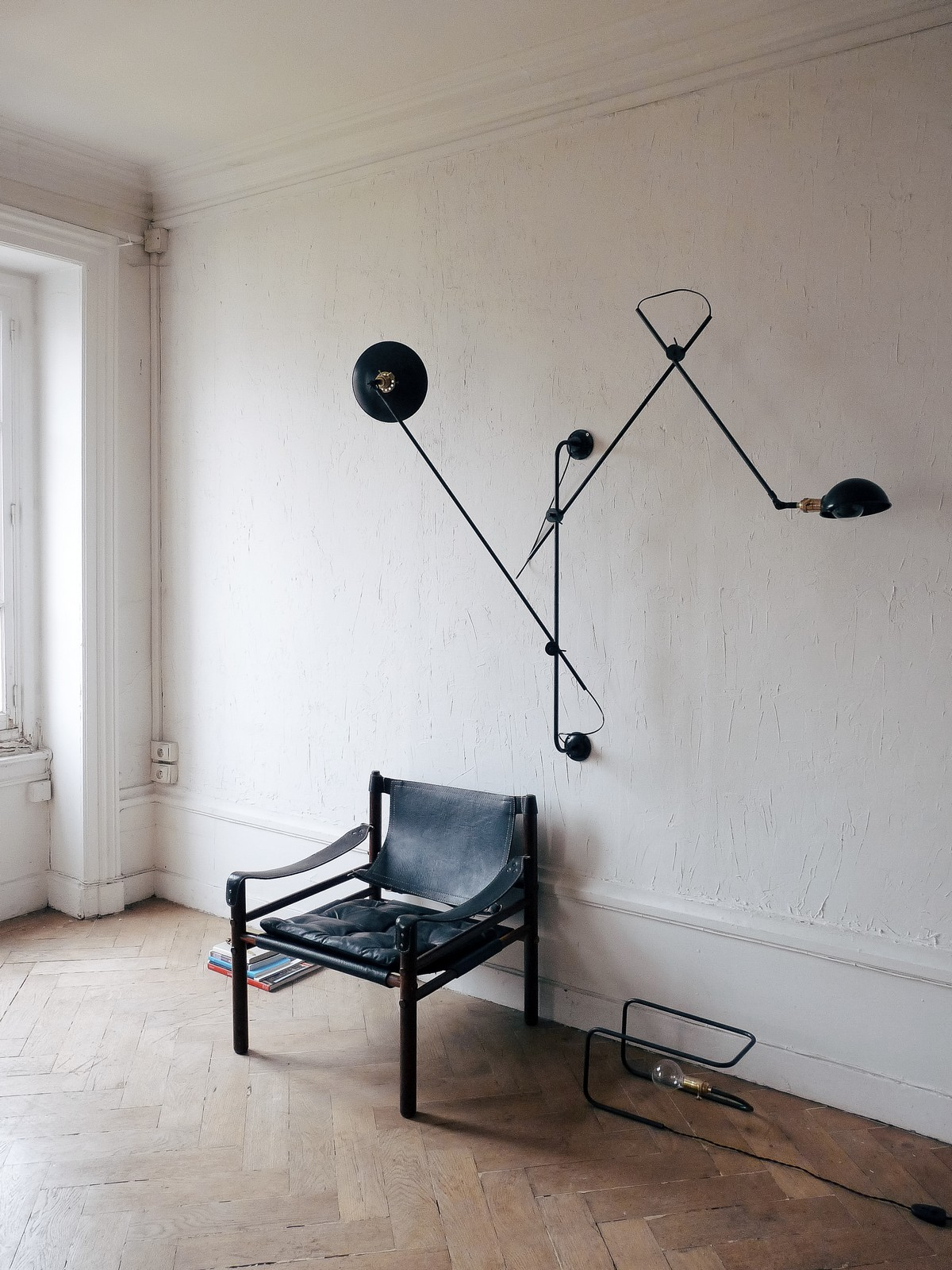 Industrial chic double light French wall lamp