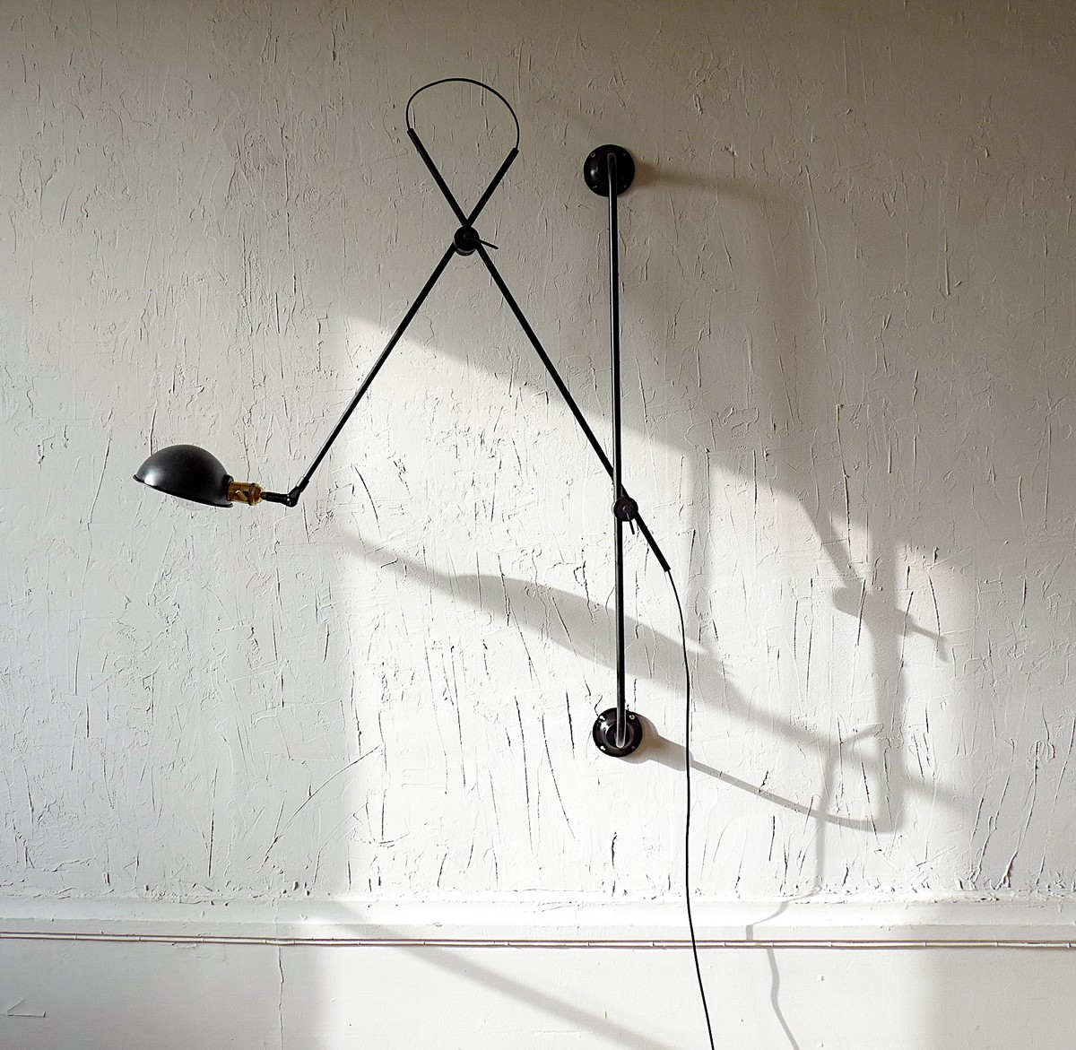 adjustable two-arm wall lamp atelier Jielde